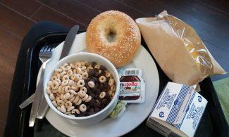 Bagel, Céréales, Nutella, Omelette à chauffer, Lait...
