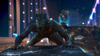 black-panther-watching-videoSixteenByNineJumbo1600-v2
