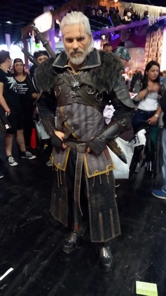 https://www.facebook.com/maulcosplay/